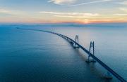 百年瞬间   港珠澳大桥正式开通