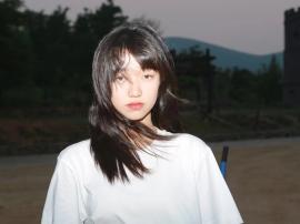 王赛罕娜献唱《守望青春》主题曲MV曝光高校辅导员的平凡故事